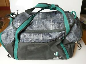 Deuter Hopper Sporttasche Training Schule 44 cm grau/grün