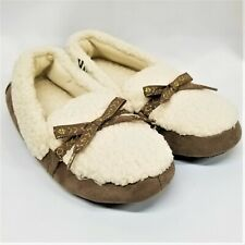 NEW Isotoner Women's Closed Back Slippers, Sherpa, Size S/P 5-6 - FREE SHIPPING