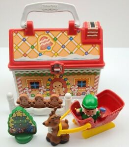 2008 Fisher Price Little People On The Go Christmas Shop Gingerbread House Set