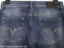 Diesel LARKEE Regular Fit Straight Leg Jeans 0840F W31 L32 (3158)