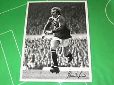 Manchester United Denis Law Signed Giant 1970/71 Press Photograph