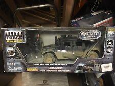 Elite Force USMC Humvee 1st Marine Division NEW in bad shape box 1/18