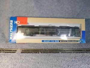 Walthers NYC Streamlined Baggage-Mail Passenger Car HO Gauge
