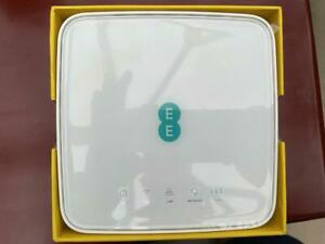 EE 4GEE HH70VB Router WI-FI GSM 4G LTE Mobile Home Broadband.