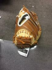 "Wilson A2K M2 33.5"" Catcher's Baseball Mitt - Right Hand Throw"