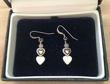 DELIGHTFUL VINTAGE STERLING SILVER EARRINGS WITH DOUBLE HEARTS & NACRE MOP