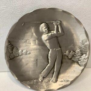 Wendell AugustWoman Golfer Plate