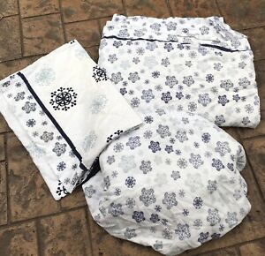 TWIN Cannon - Blue & Gray Snowflake Snowflakes on White FLANNEL SHEET SET
