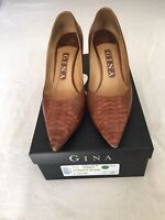 Gina (Kirsten) Women Brown Leather Kitten Heels Size 3 (BX).