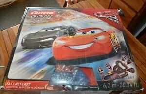 Grand circuit voitures électriques CARRERA GO !!!- Cars Disney Pixar