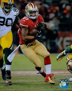 LaMichael James San Francisco 49ers NFL Licensed Unsigned Glossy 8x10 Photo A