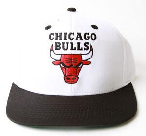Adidas Chicago Bulls Flatbill Snapback Hat + GT Sweat Wristband- Black