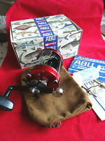 SUPER BOXED RED ABU AMBASSADEUR 7000 MULTIPLIER SEA REEL POSSIBLY UNUSED