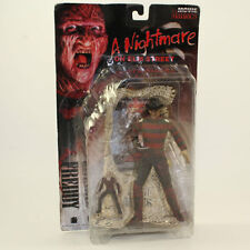 McFarlane Toys Action Figure -Movie Maniacs - A Nightmare on Elm Street - Freddy