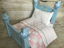 American Girl Angelina Ballerina Bed w/ mattress and Quilt, Played With
