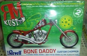 REVELL 85-7317 BONE DADDY CHOPPER MOTORCYCLE KIT 1/12 Model Car Mountain FS