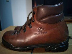 Scarpa Womens Italian made leather hiking boots Australian size 9