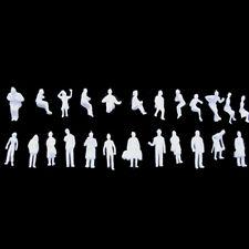 24Stk. Figuren sitzend & stehend Modellbau Figuren H0 Set Zubehör 1:87 Menschen