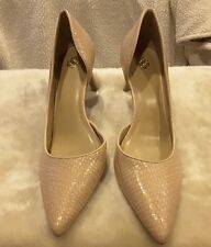 Ann Taylor creme tan women size 10 pumps new without box. WOW!!!
