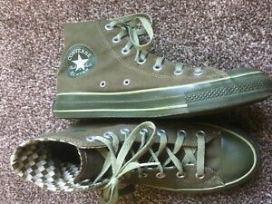 GREEN Converse hi Boots Size 6 Great Colour