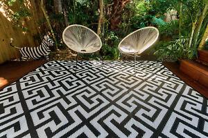200 x 270cm Luxe Black/White Outdoor/Indoor Plastic Rug/Mat Waterproof