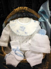 NWT Will'beth White Blue Knit Welcome 4pc Set Newborn Baby Boys Pom Hat Booties