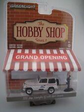 Jeep Wrangler mit Postbote  HOBBY SHOP  Greenlight 1:64  OVP  NEU
