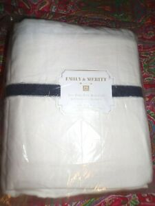 POTTERY BARN TEEN EMILY & MERITT POM POM BED SKIRT, TWIN, TWIN XL ,BEDSKIRT, NEW