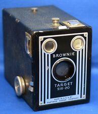 BROWNIE TARGET SIX-20 BOX Vintage Snapshot Film Camera by EASTMAN KODAK * USA *