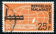 TIMBRE DE MADAGASCAR N°376 OBLITERE FOIRE INTERNATIONALE DE TANANARIVE