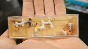 Preiser BOXED HO 1:90 No 165 Dogs WHO LET THEM OUT