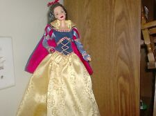 snow white collector barbie-1999