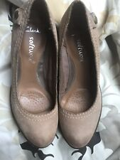 Clarks Ladies Software Camel 5.5 Suede Shoes Wedge Heel  Neutral Leather Excon