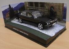 Die cast 1:43 James Bond # 41 Jaguar XJ8 - Casino Royale