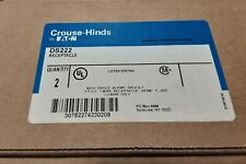 DS222 EATON CROUSE HINDS RECEPTACLE W/SINGLE 20A, 125V, 2 POLE, 3 WIRE NEMA 5-20