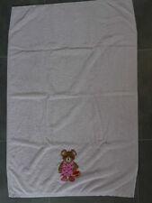 Grand Drap de bain /  serviette de bain 140 x 90 cm rose clair brodé ourson