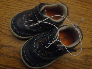 Surprize by Stride Rite sz 3 Arthur navy blue & orange adjust strap shoes NEW
