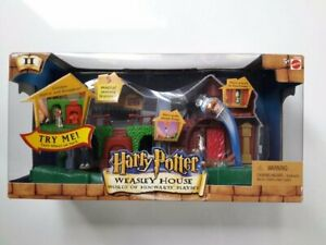 Harry Potter WEASLEY HOUSE PLAYSET MIMB World of Hogwarts Electronic School NEW