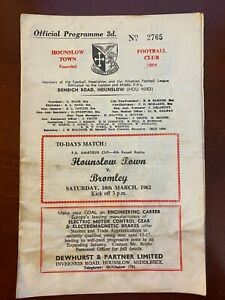 Football programme Hounslow Town v Bromley 10/3/1962 FA Amateur Cup