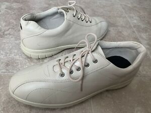 Ecco Shock Point Cream Leather Comfort Walking Casual Shoes Women's Sz 40 9-9.5