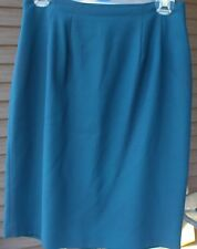 Woman's Dark Green Skirt; Size: 8