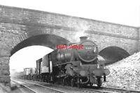 PHOTO  LMS BLACK FIVE LOCO NO  45449  AIS GIL 2ND MAY 1966
