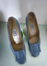Escarpins Versace bleu lavande pointure 39,50 NEUF