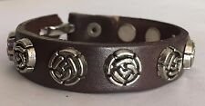 Leather bracelet with Antique Roses