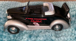 Racing Champion DALE EARNHARDT 1:25 1937 Chevrolet Convertible Coin Bank Model