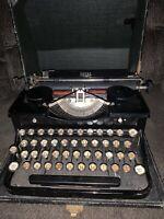 Vintage Royal Typewriter Model P