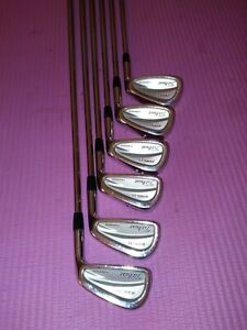 Titleist 695 CB forged irons 5-pw right-handed
