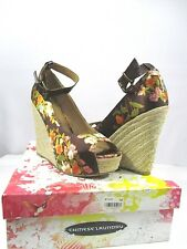 Chinese laundry Summer Wedge SIZE 9 Summer's main staple: floral spring/summer!