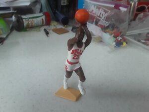 NBA MICHAEL JORDON STARTING LINEUP 1991 KENNER FIGURE loose