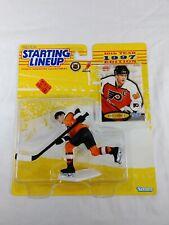 ERIC LINDROS - Philadelphia Flyers - NHL Starting Lineup SLU 1997 Action Figure